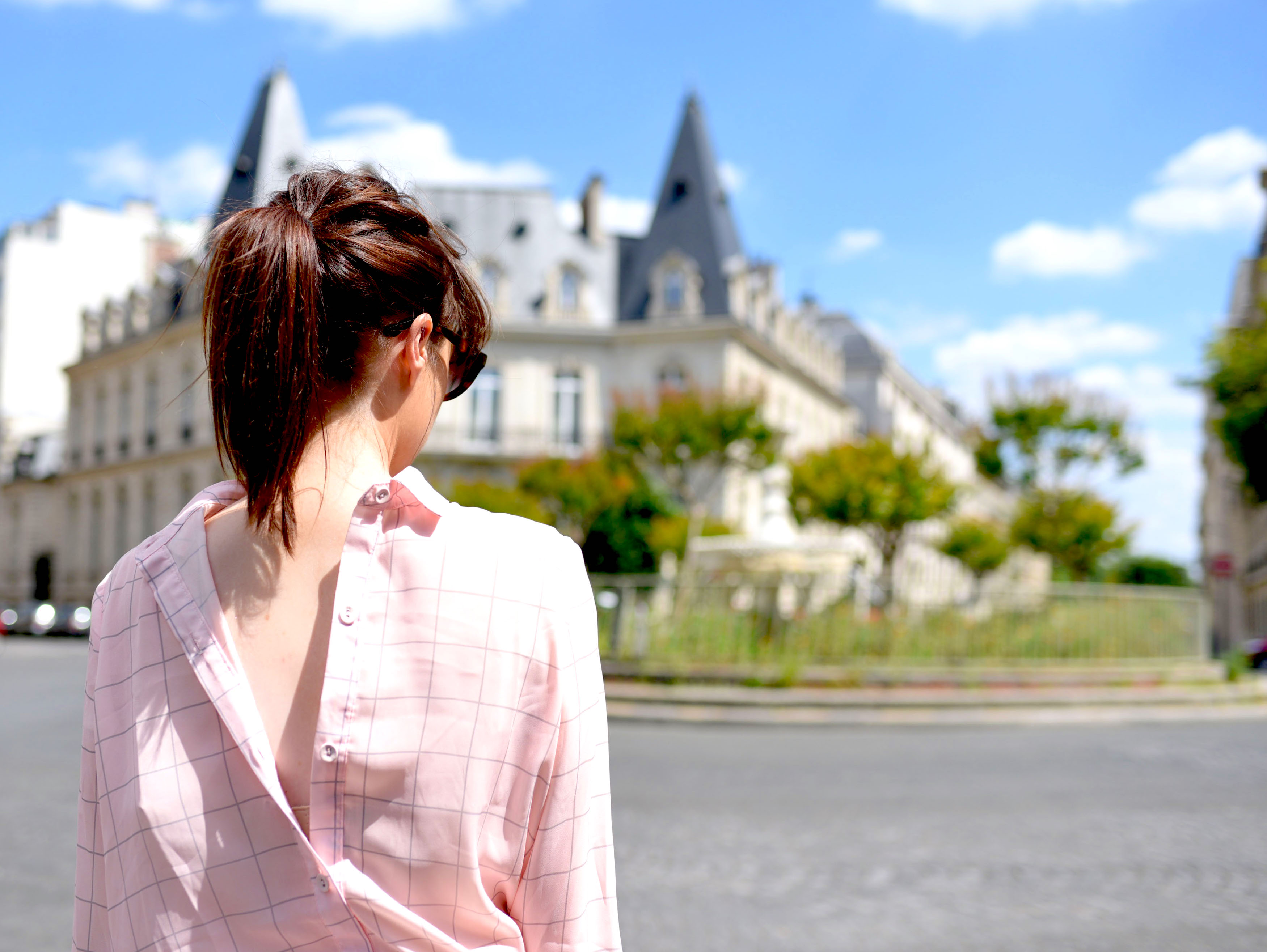 pink shirt in paris