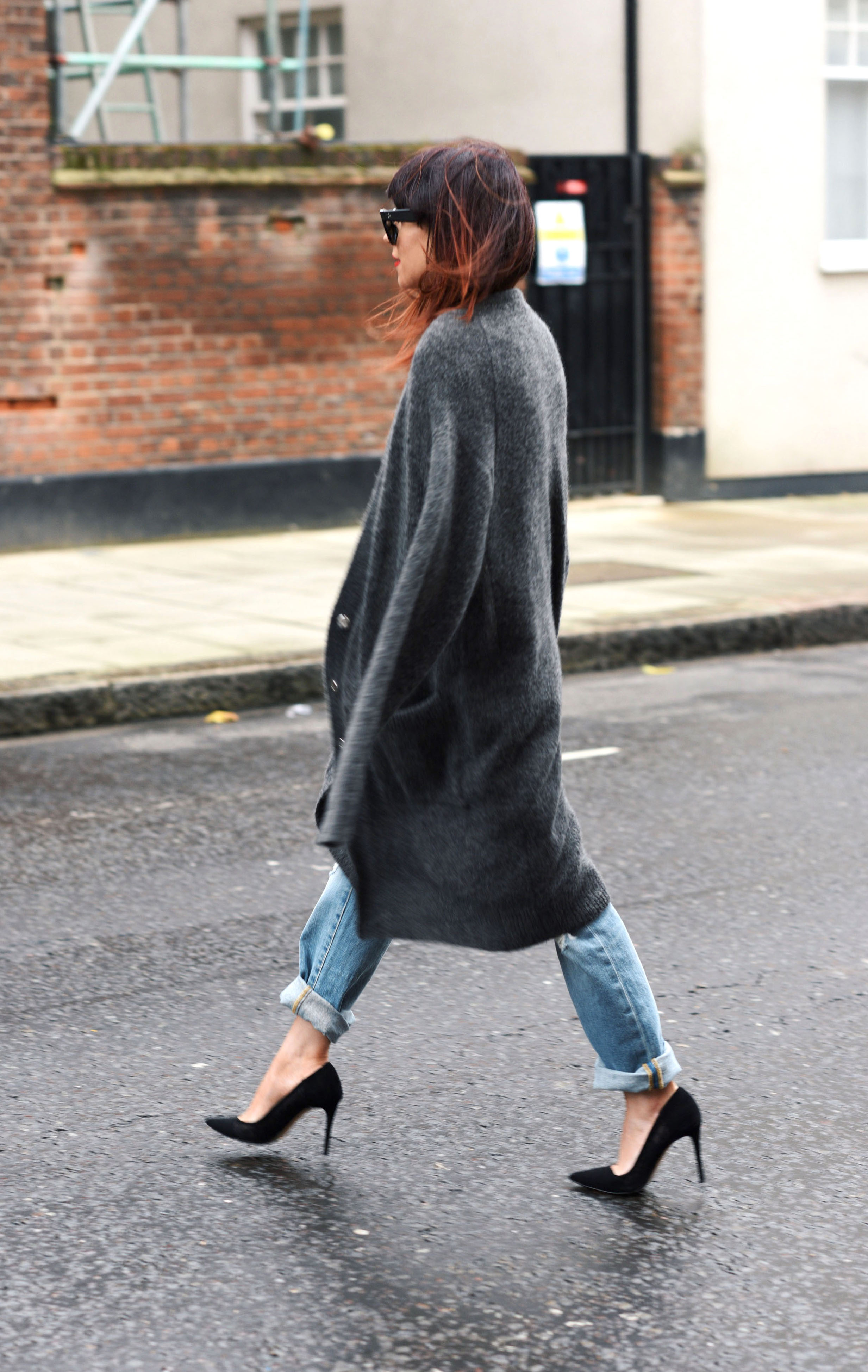 boyfriend jeans and chunky knit