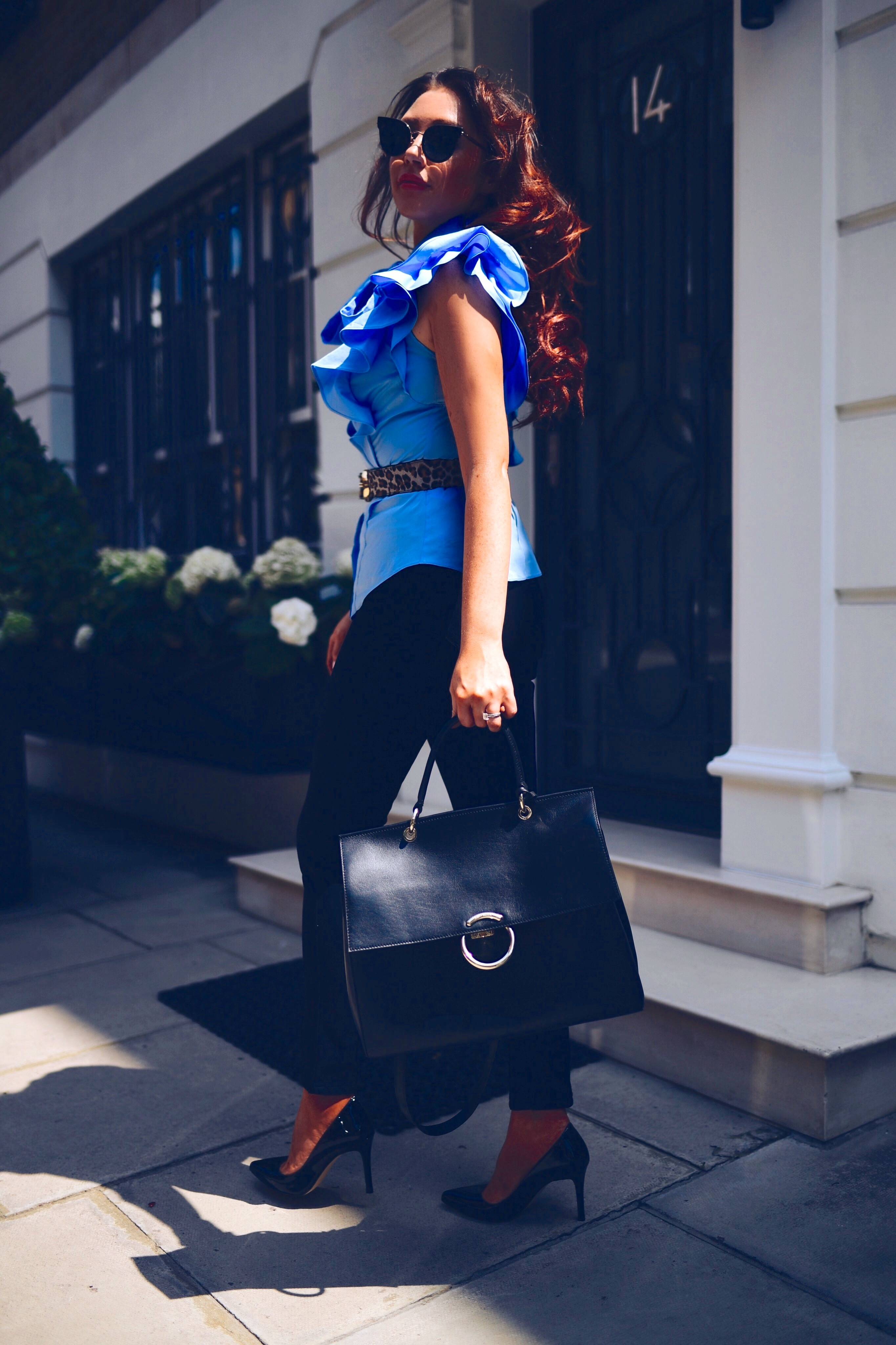 frill-blouse