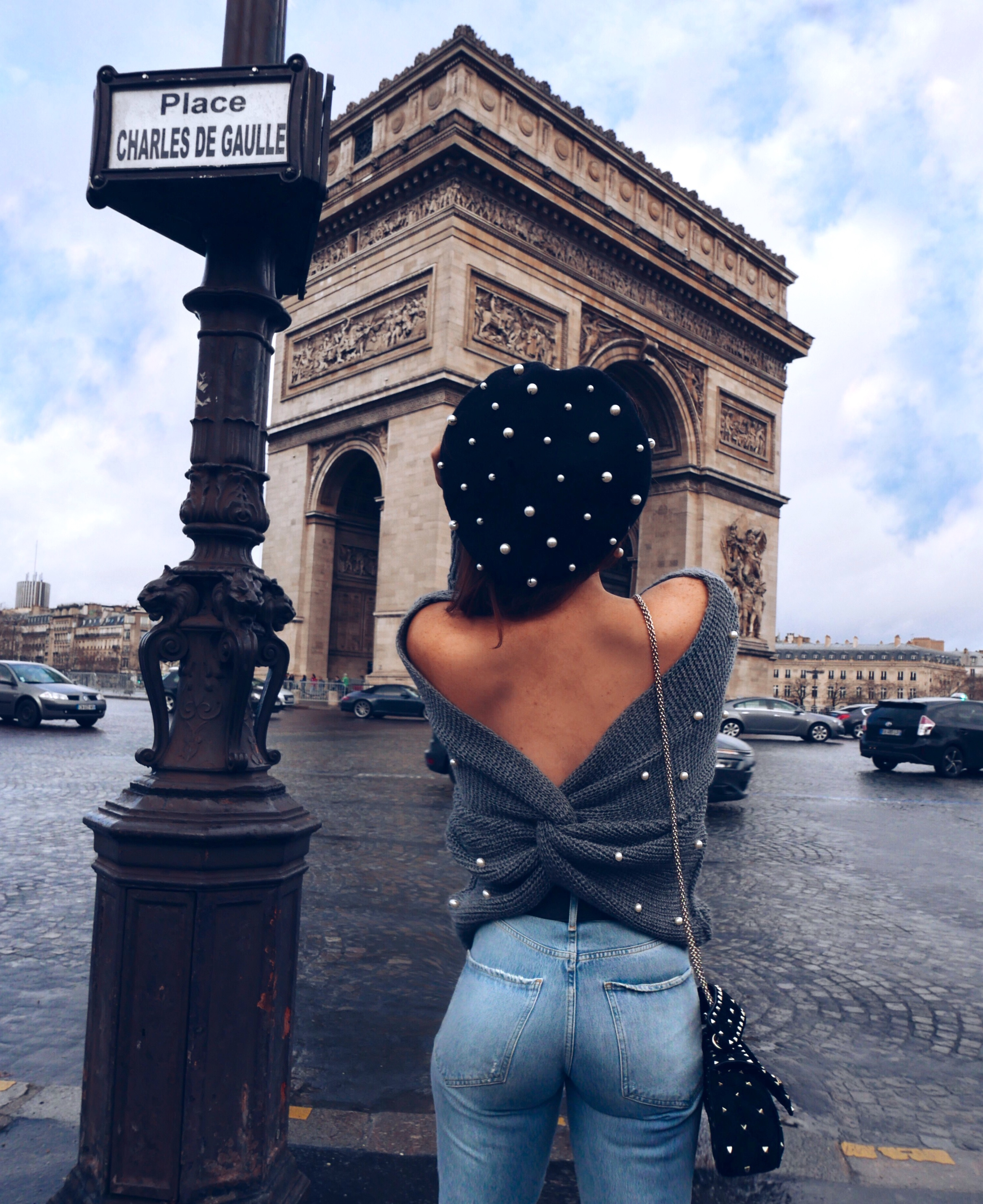 pearl-beret-backless-pearl-embellished-knit-arc-du-triomphe-lornaluxe